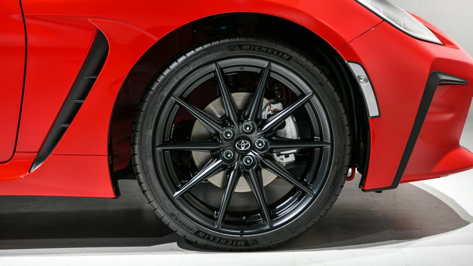 Velgen met Michelin-banden Toyota GR 86 (2021)