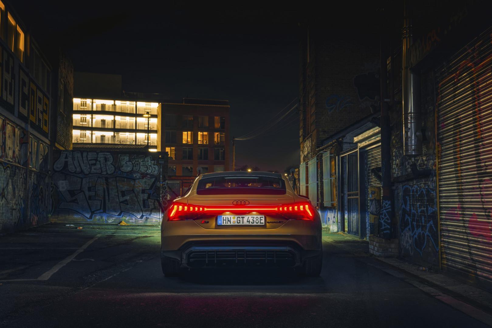 Audi RS e-tron GT (2021) achterkant