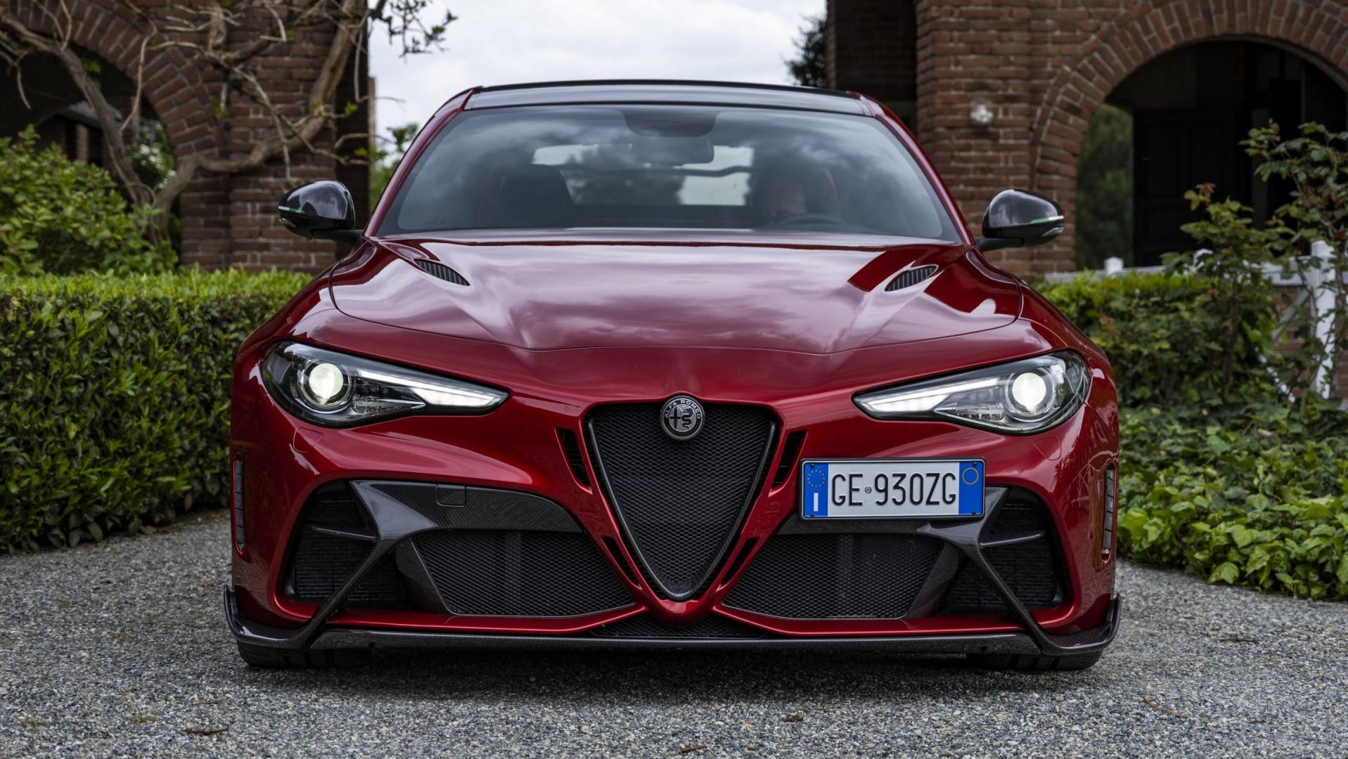Voorkant Alfa Romeo GTAm