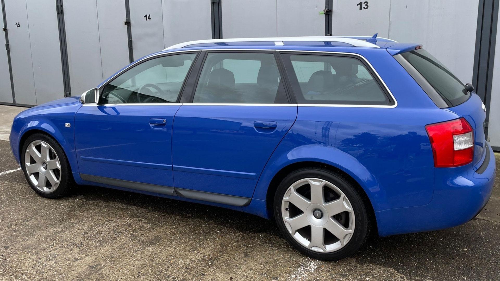 Audi S4 Nogaro blauw