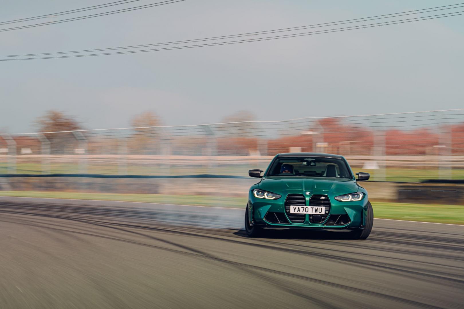 BMW M3 (G80) (2021) drift met rook