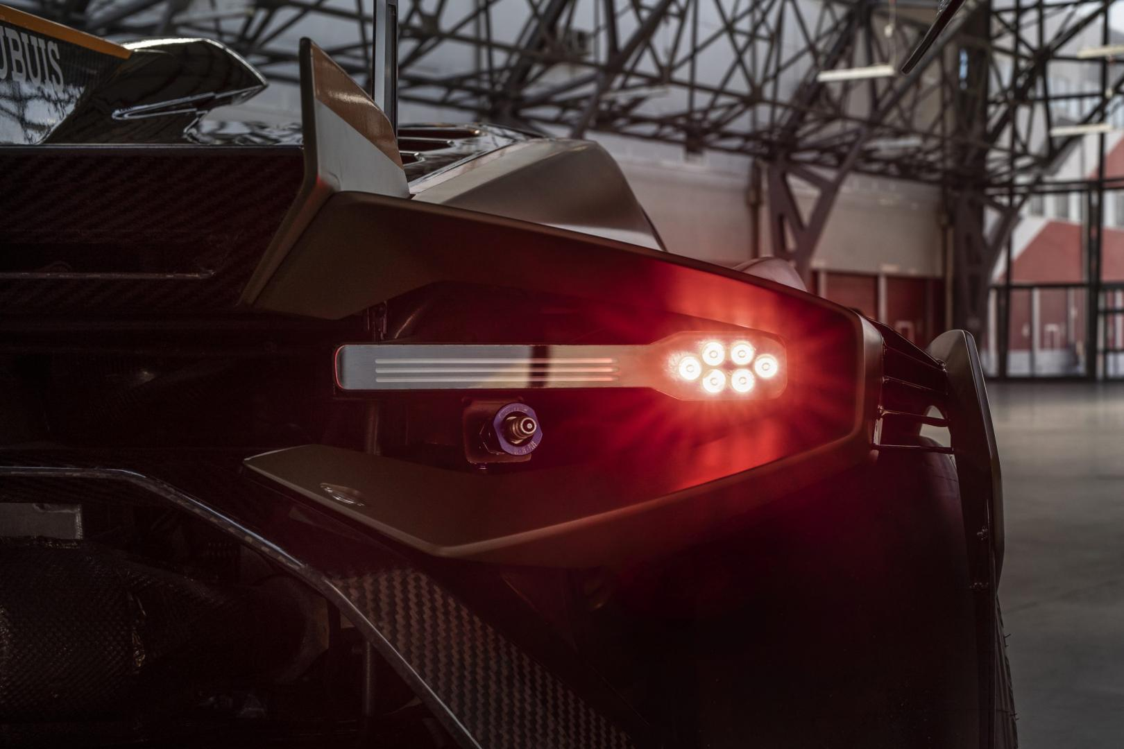 Countach-achterlichten op de Lamborghini Huracán Super Trofeo Evo2