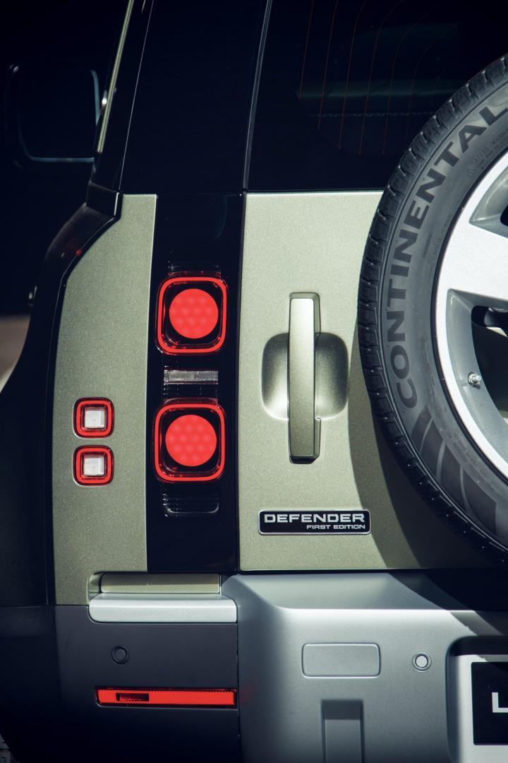 Achterlicht Land Rover Defender 90 HSE P400 MHEV