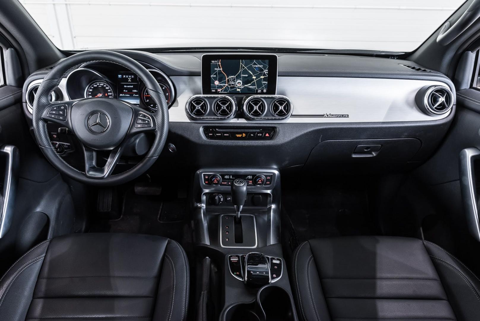 INterieur Mercedes X-klasse 6x6