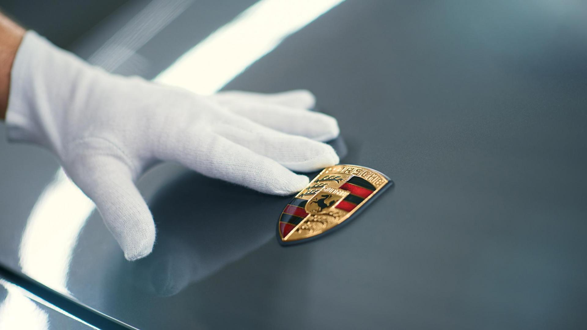Handschoen bij Porsche-logo (badge) Sonderwunch