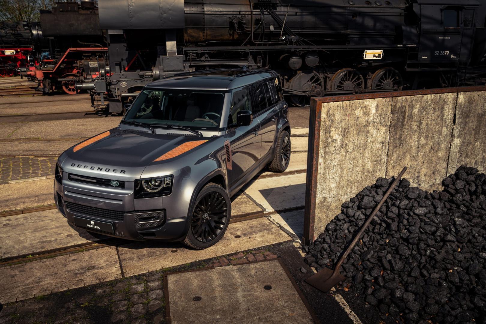 Roest op de nieuwe Land Rover Defender van Heritage Customs