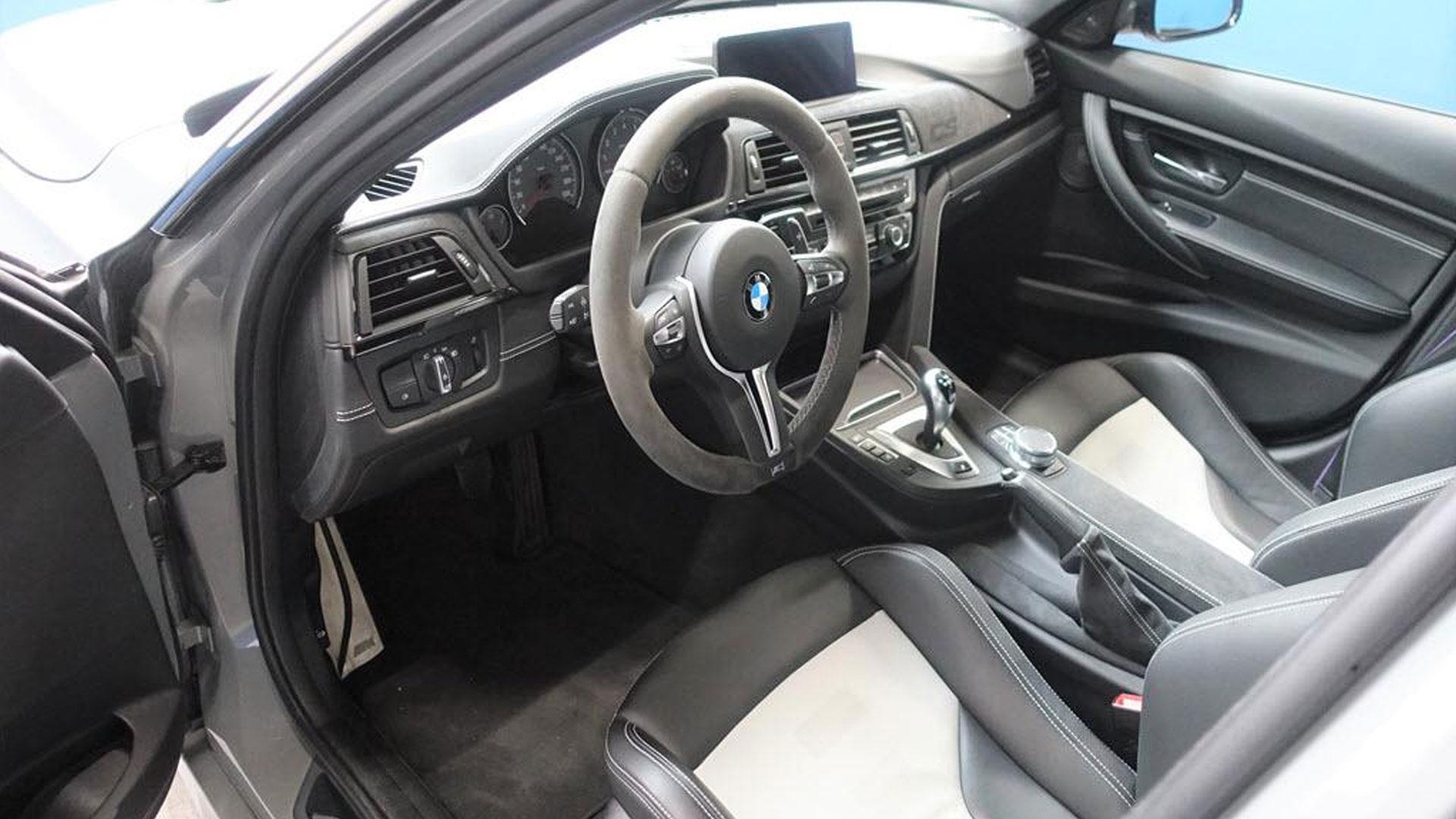 BMW M3 CS Grijs bij Domeinen interieur