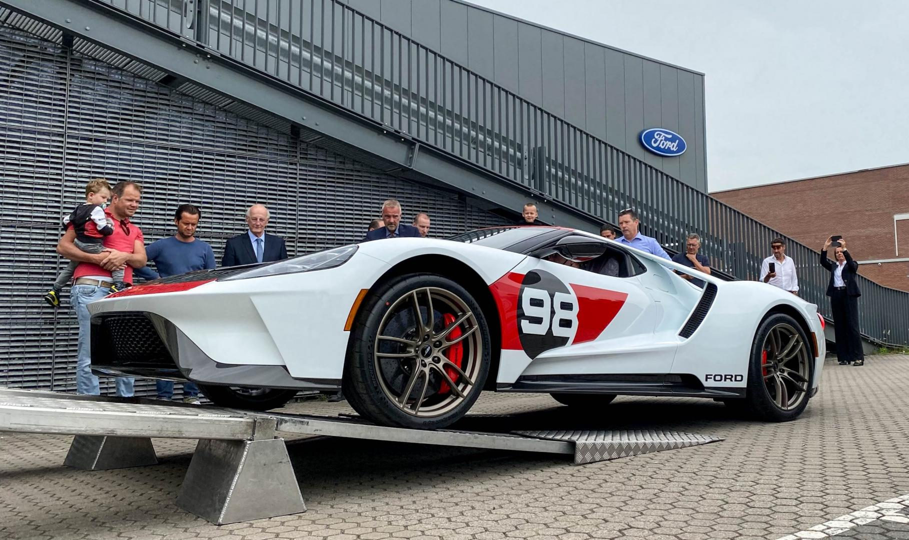 90-jarige Nederlander koopt Ford GT