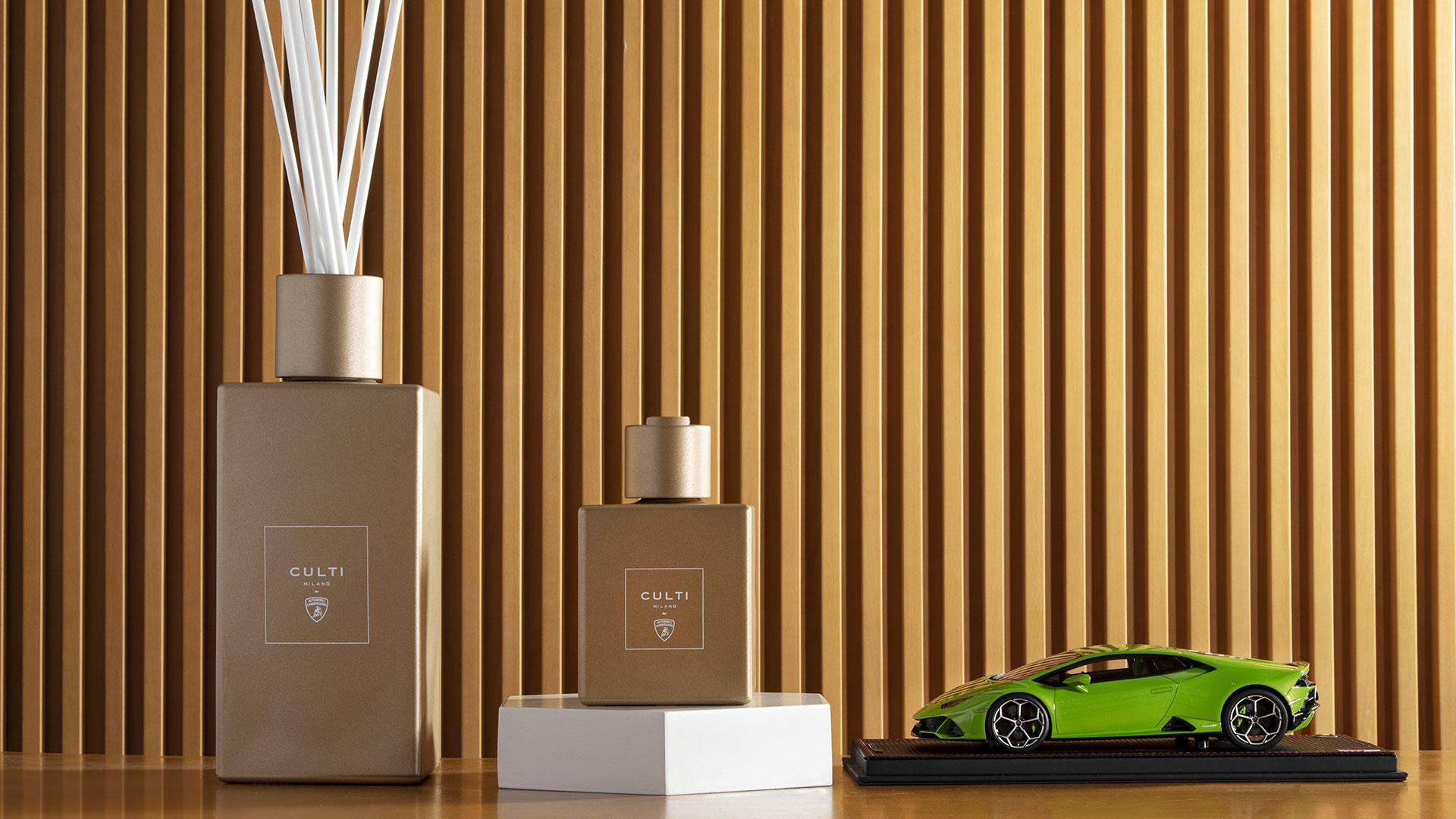 Lamborghini Geurstokjes
