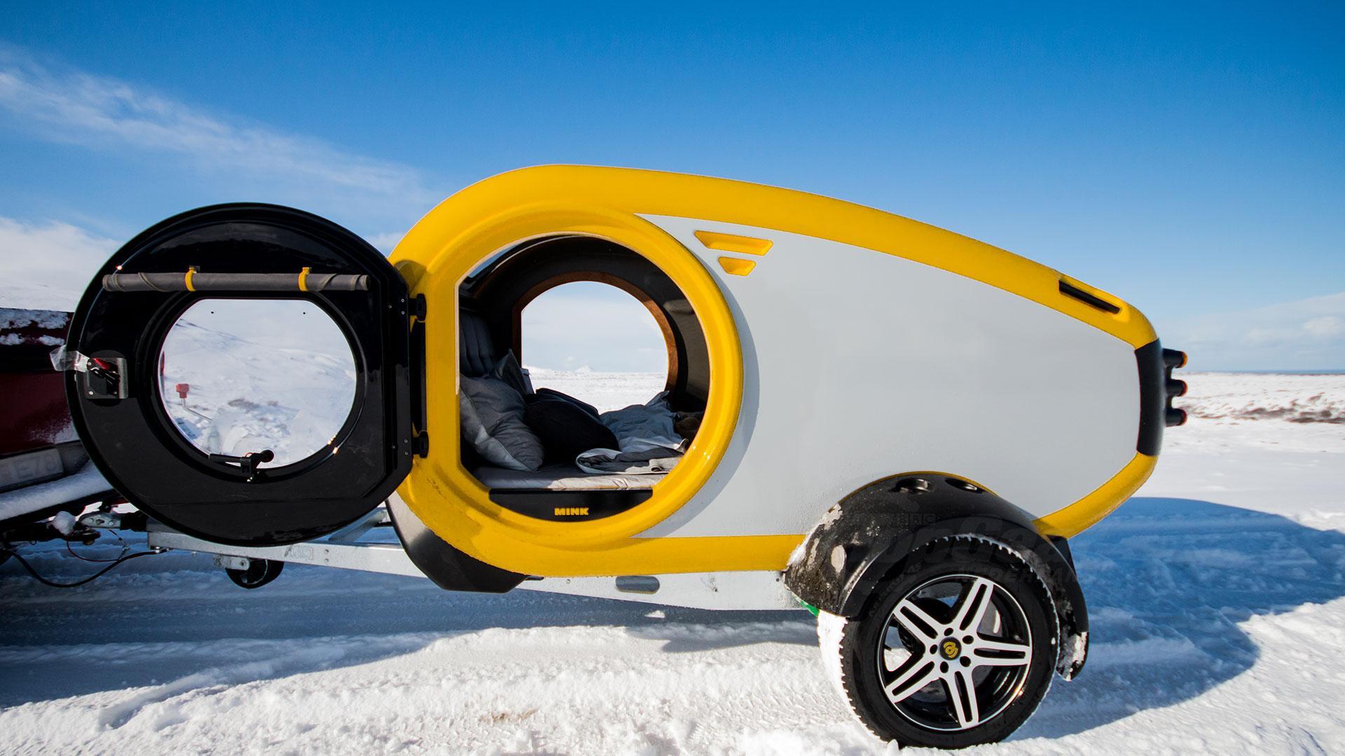 Sneeuw Mink minicaravan