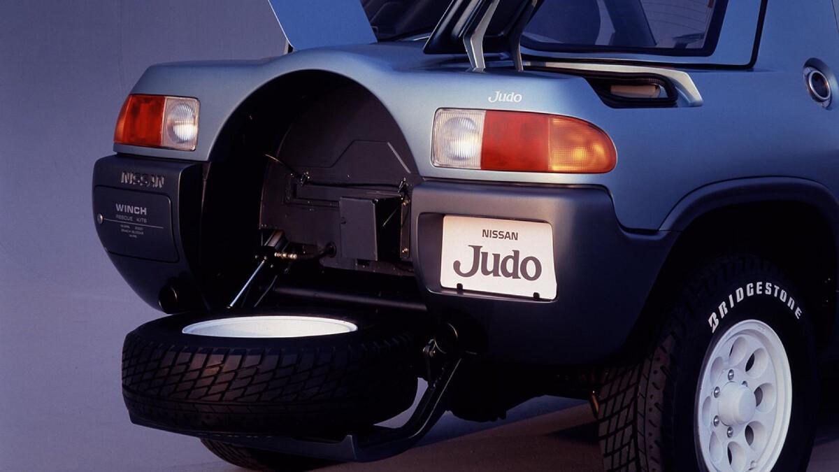 Reservewiel van de Nissan Judi (1987)