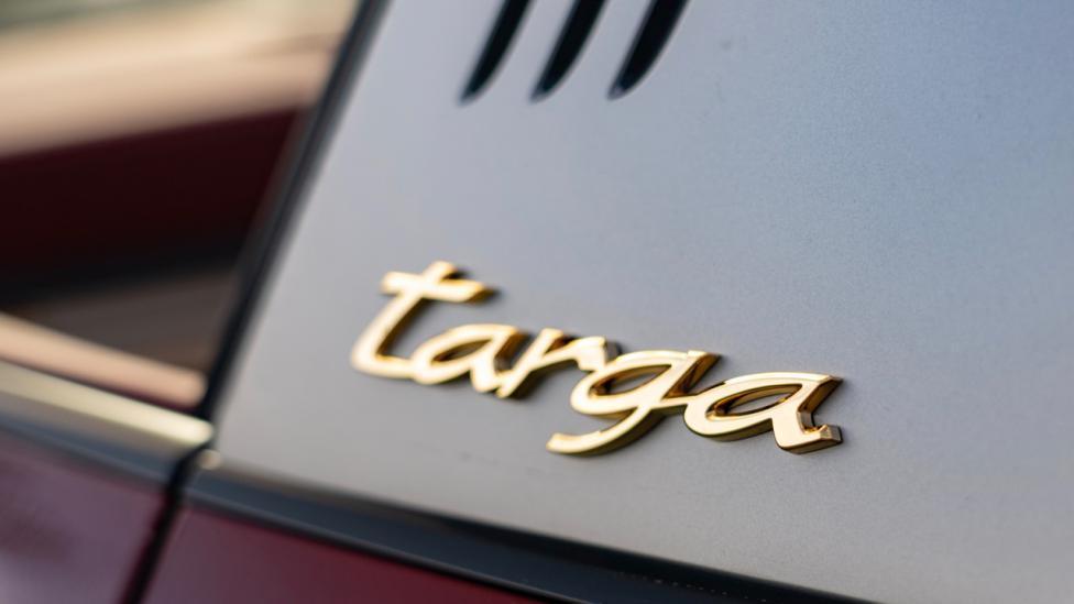 Targa Porsche 911 Targaa 4S Heritage Design Edition