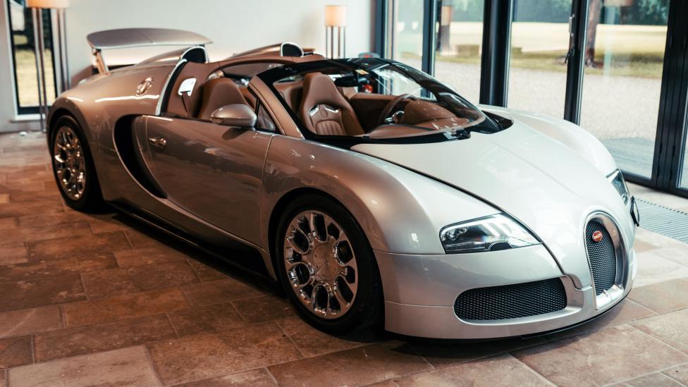 De eerste Veyron Grand Sport is gerestaureerd