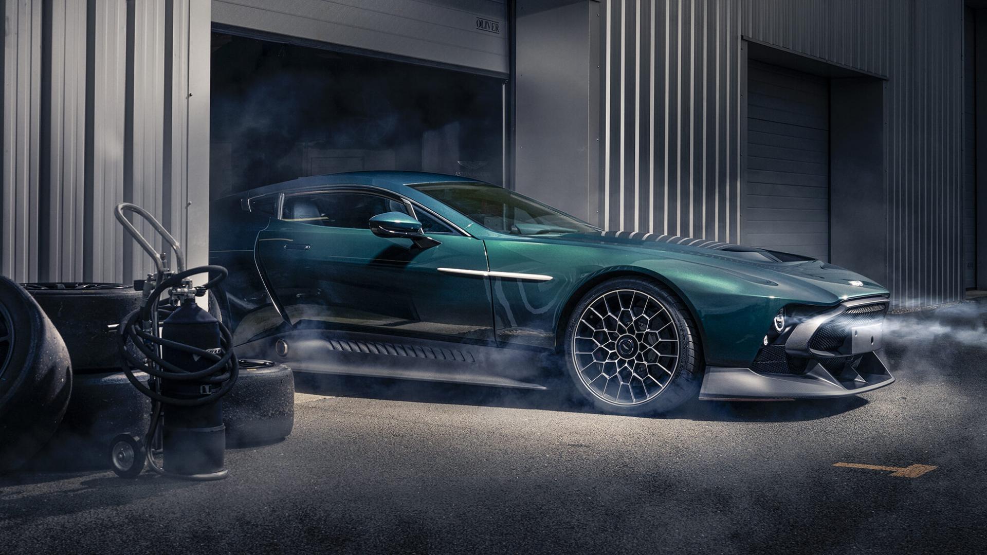 Aston Martin Victor neus