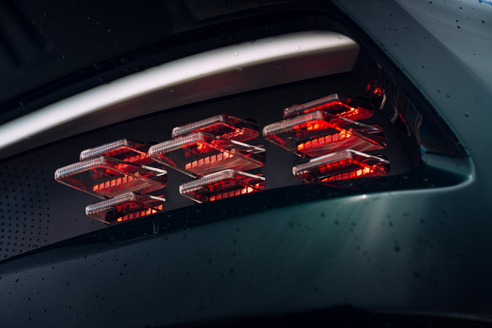 achterlichten Aston Martin Victor