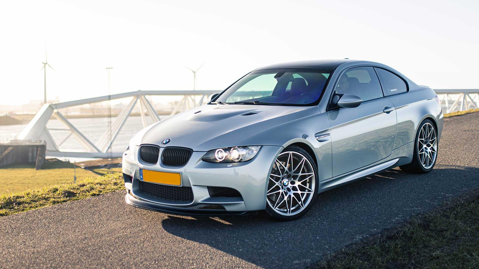 BMW M3 (E92 V8)