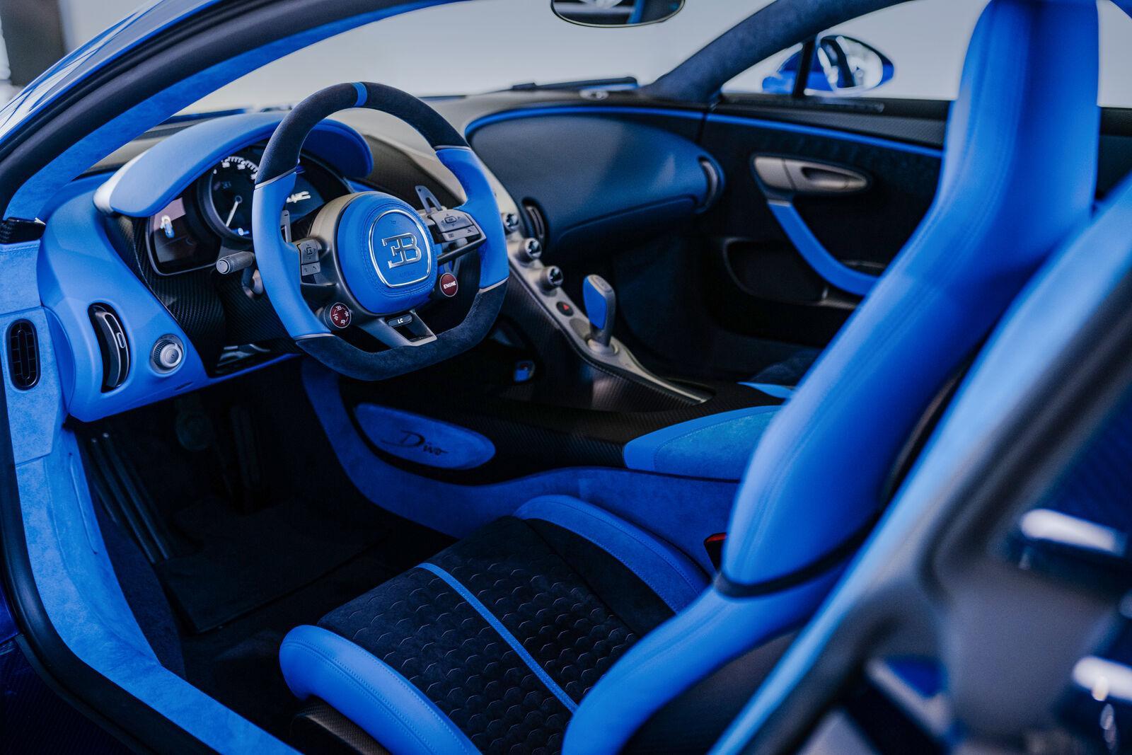interieur laatste Bugatti Divo (blauw)