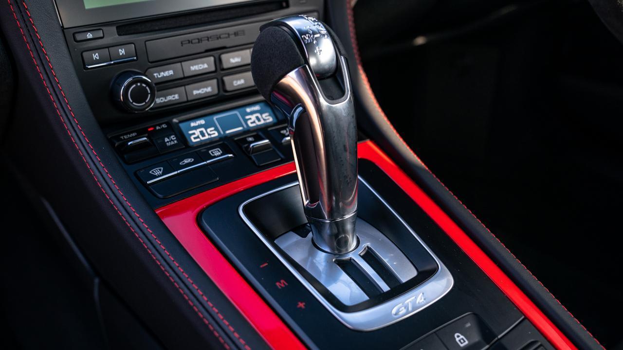 Porsche Cayman 718 GT4 4.0 PDK