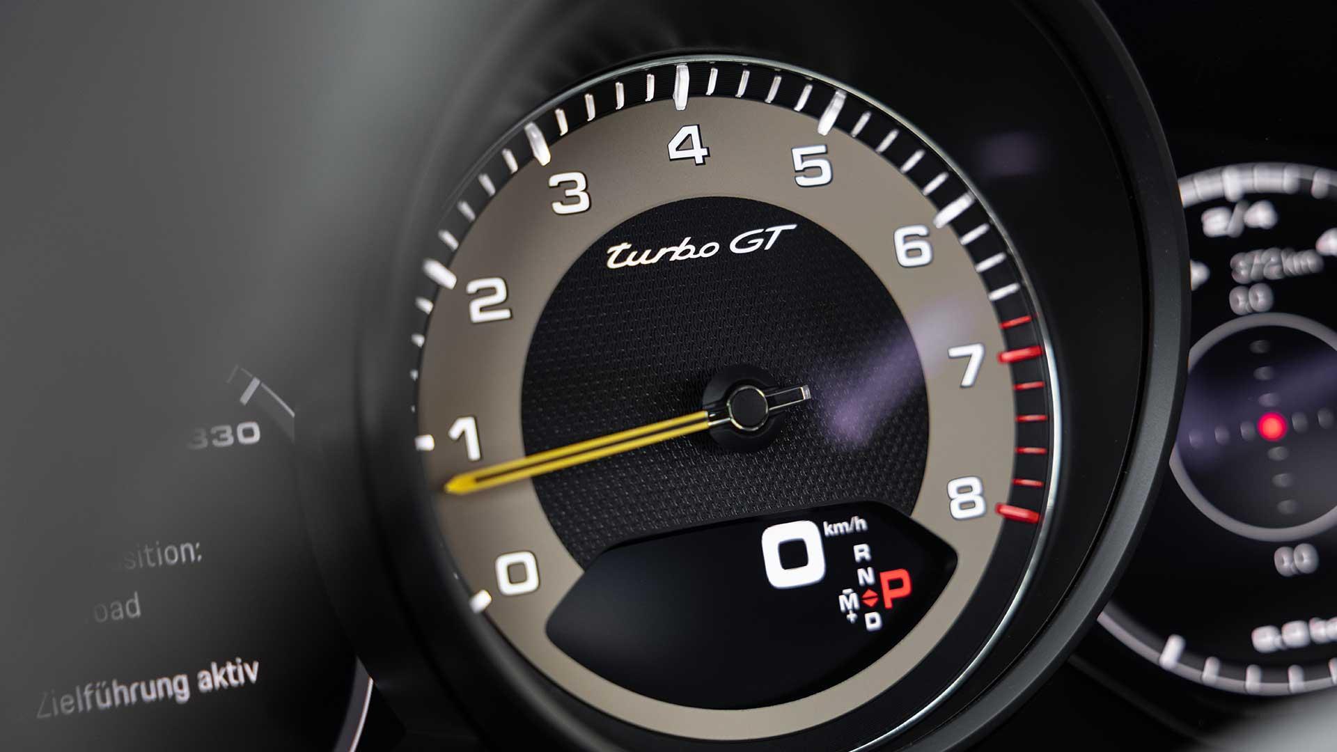 Teller Porsche Cayenne Turbo GT