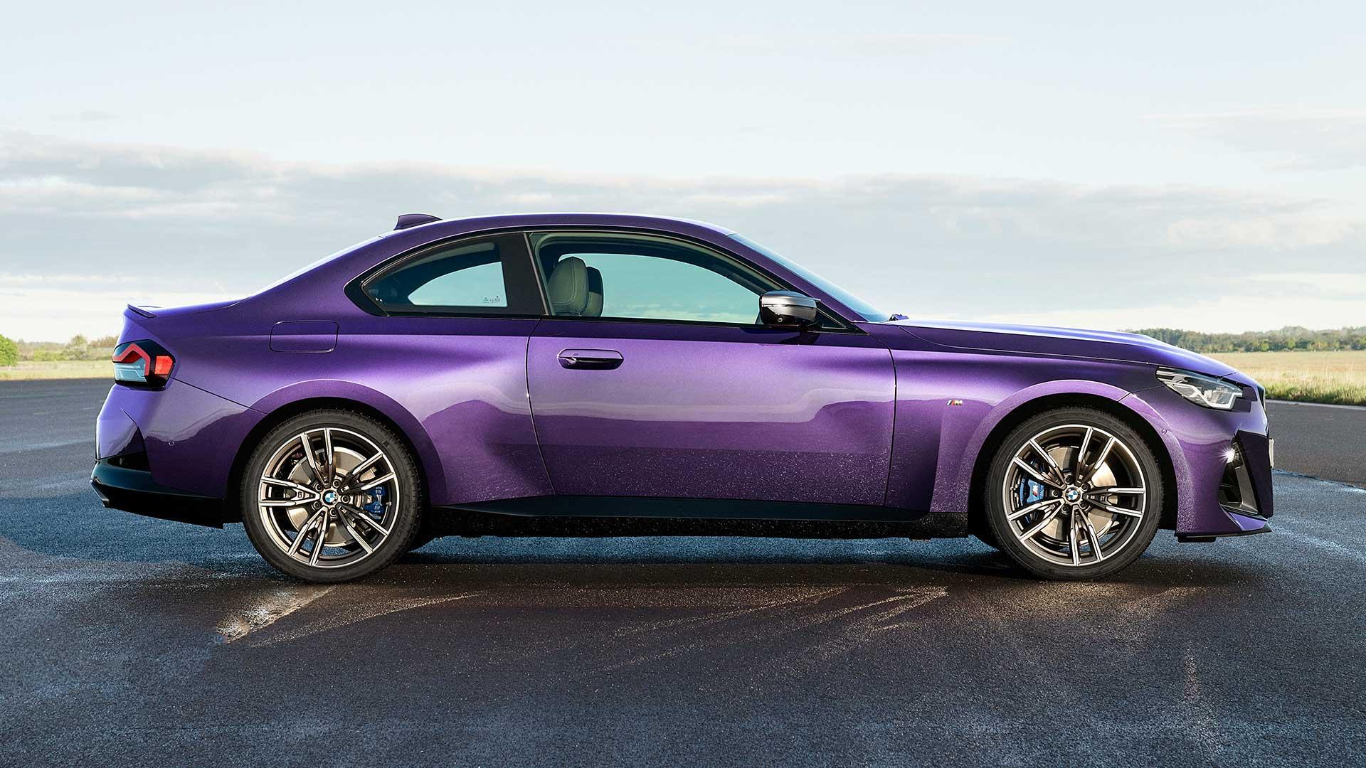Zijkant Nieuwe BMW 2-serie (M240i xDrive)