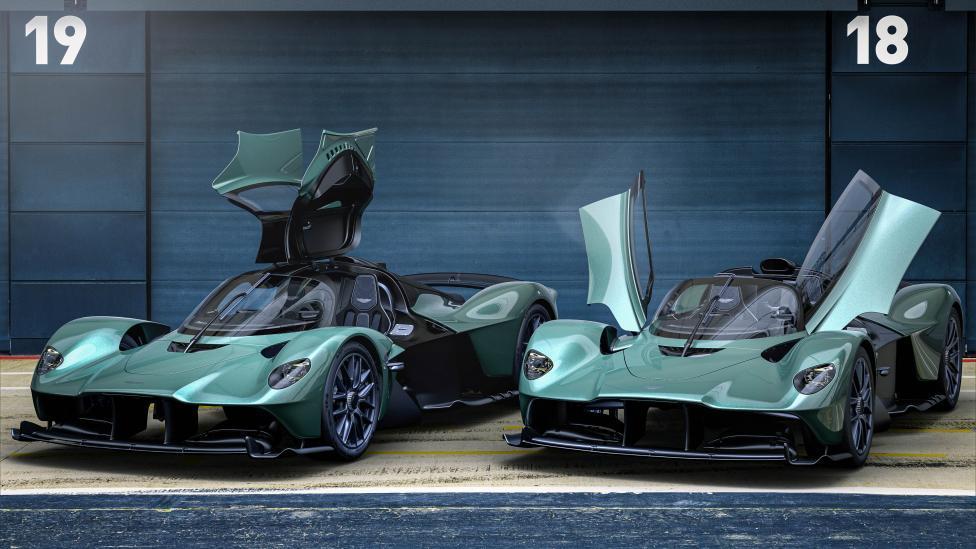 Aston Martin Valkyrie Spider en normale