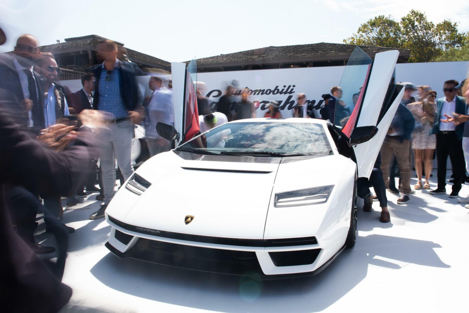 nieuwe Lamborghini Countach LPI 800-4 uitverkocht