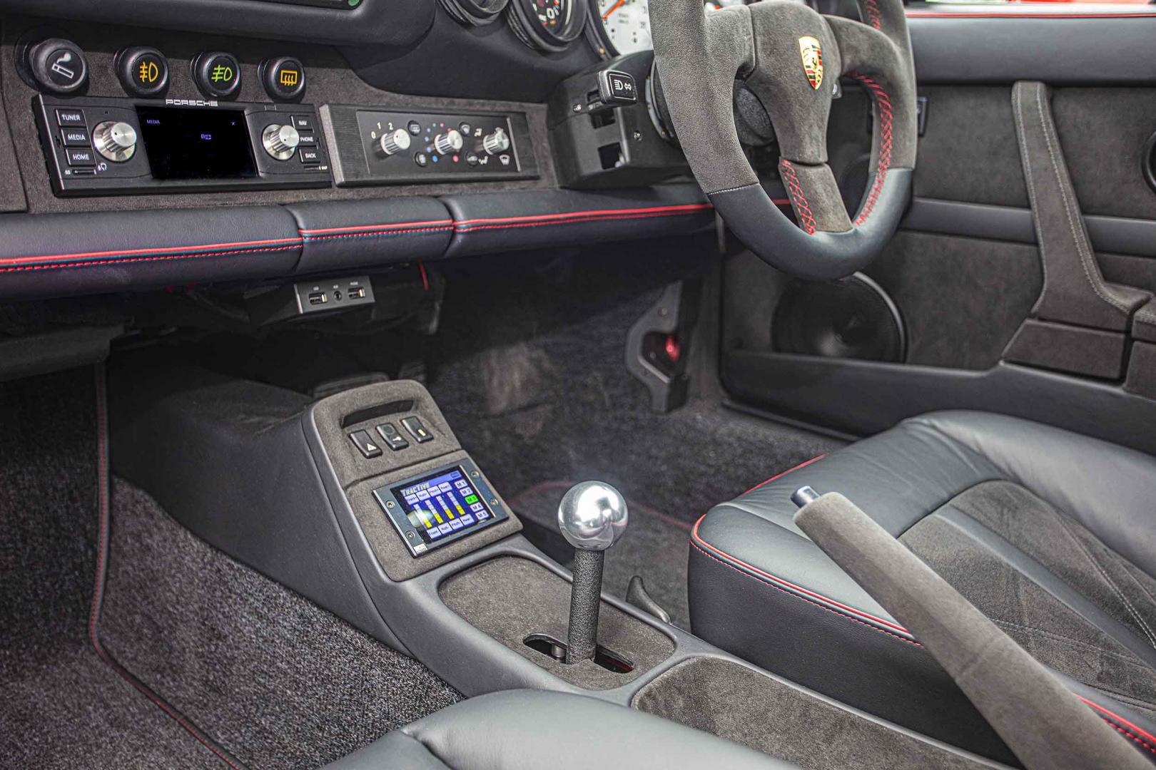 Interieur Elektrische Porsche 911 (964) Everatti