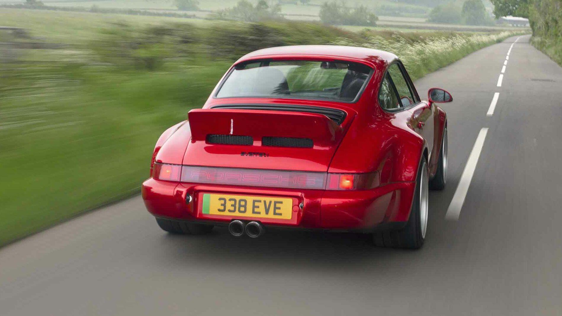 Achterkant Elektrische Porsche 911 (964) Everatti