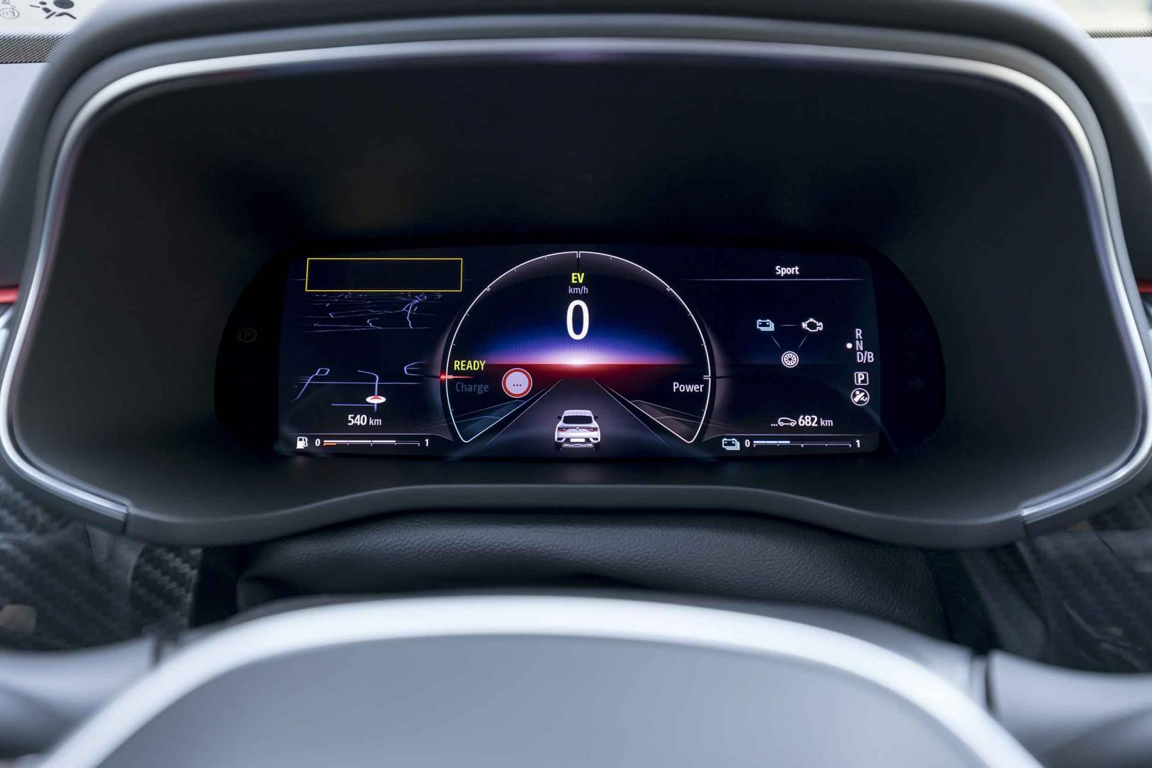 Scherm Renault Arkana E-Tech 145 RS Line (tellers)
