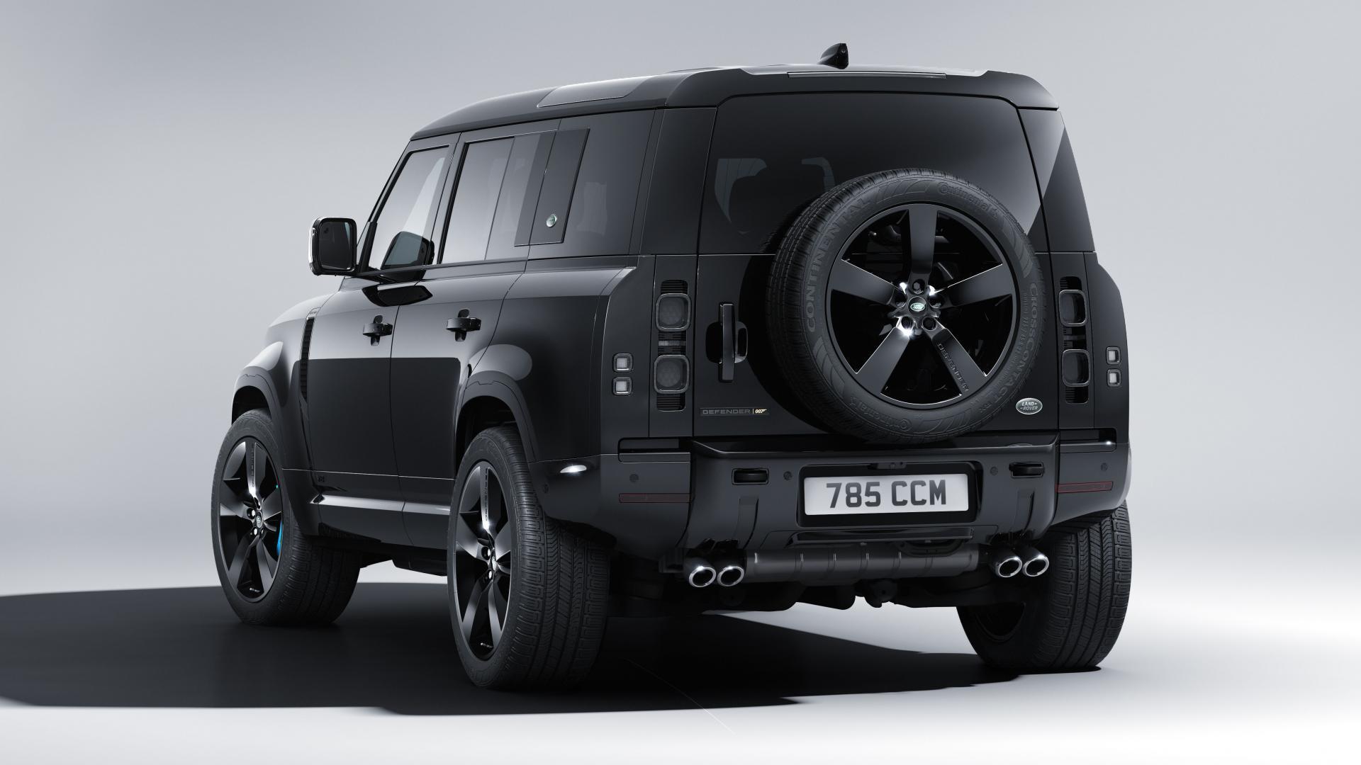 Achterkant Land Rover Defender V8 Bond Edition