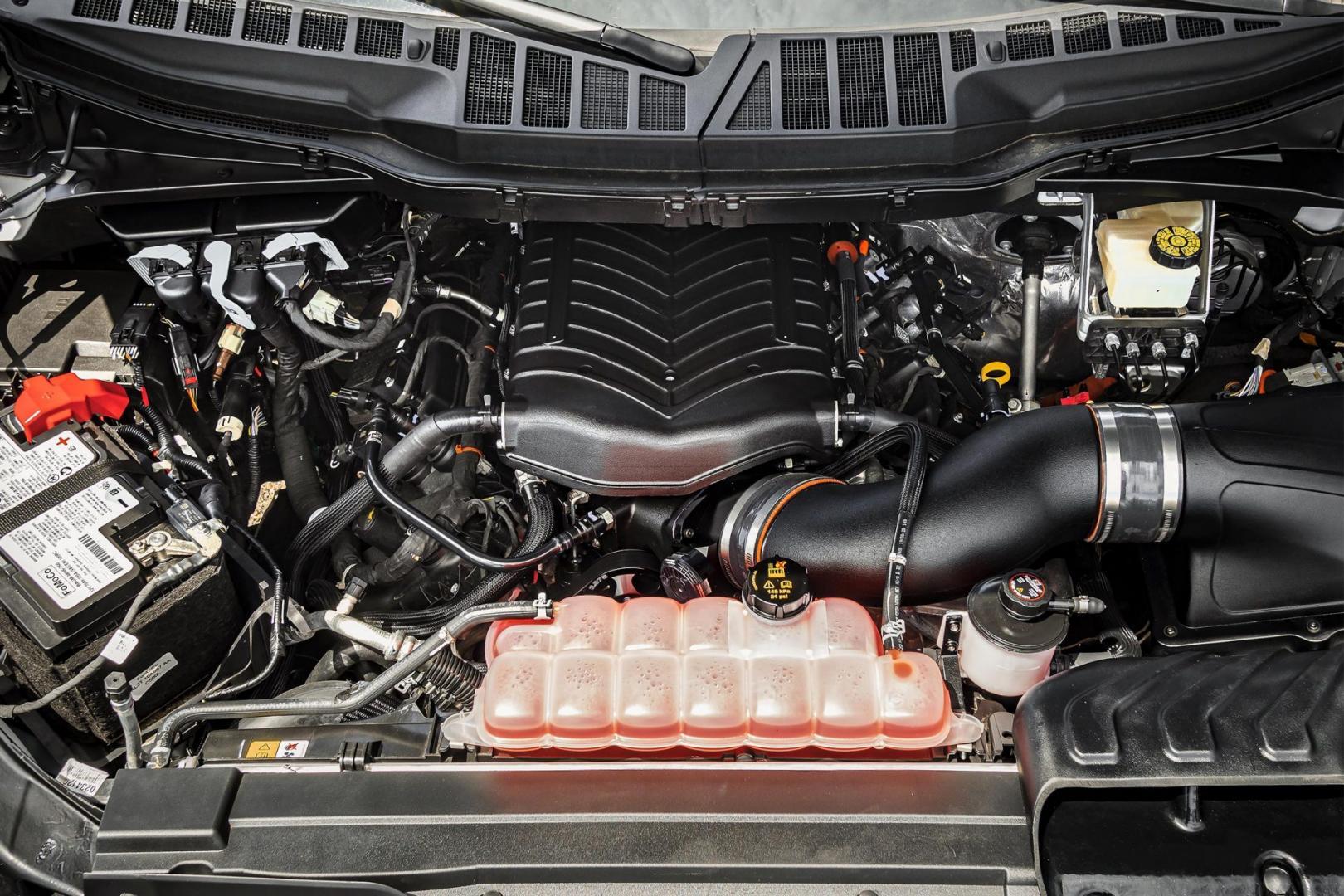 V8-motor met supercharger in de Hennessey Ford F-150 Venom 775
