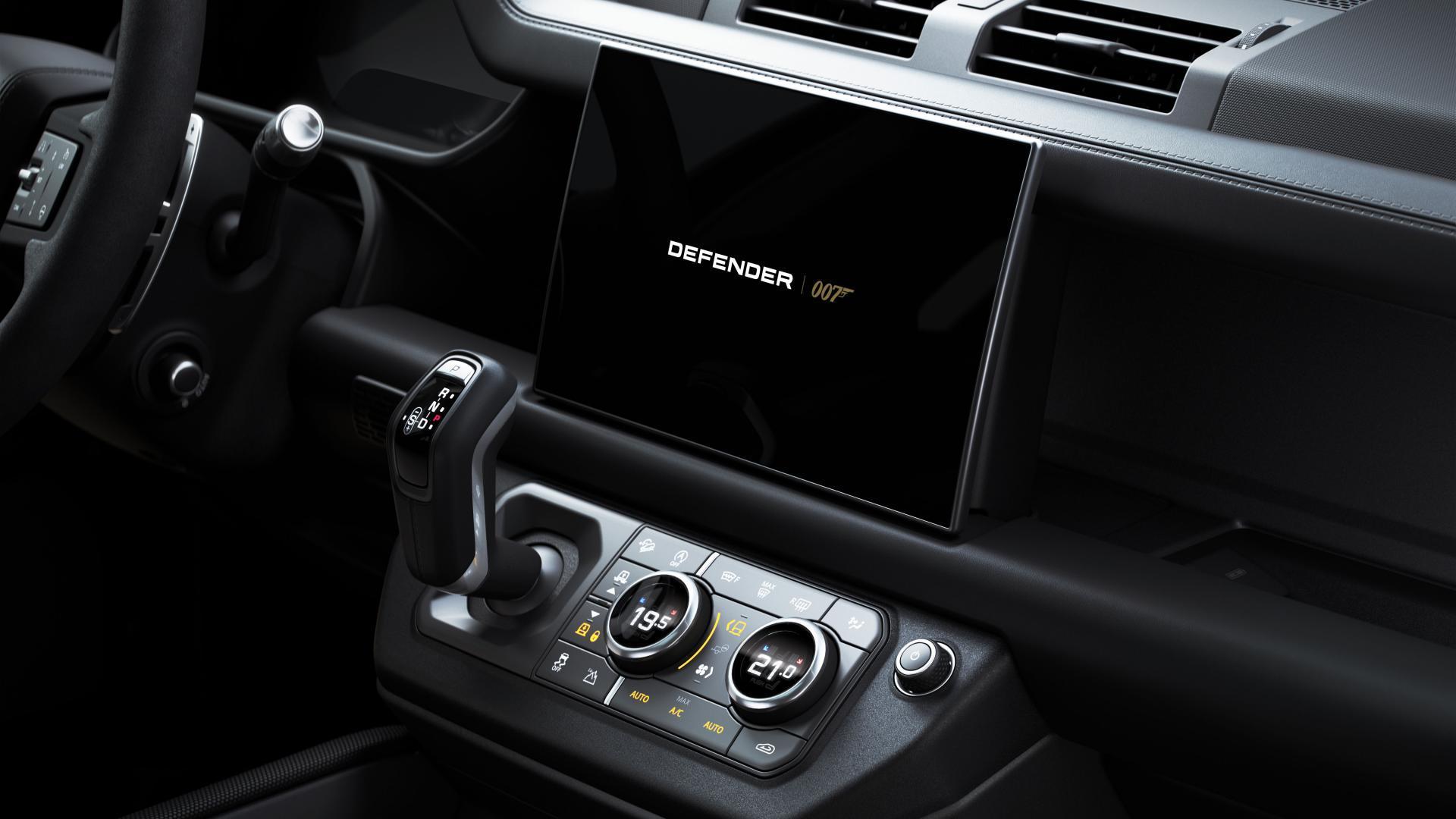 Interieur Land Rover Defender V8 Bond Edition