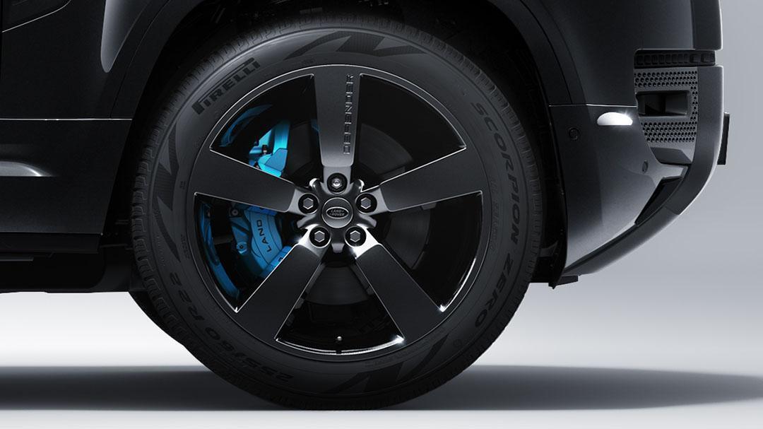 Velgen Land Rover Defender V8 Bond Edition