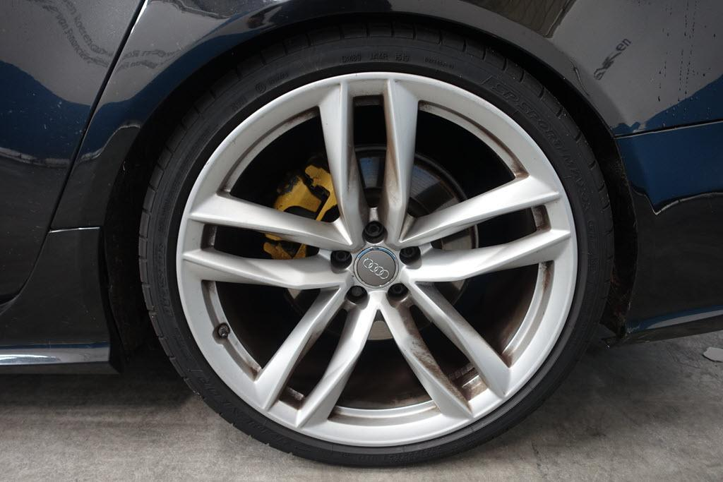 Neppe Audi RS 6 bij Domeinen
