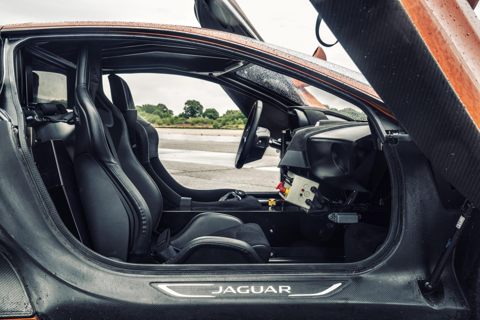 Jaguar C-X75 interieur (2016)