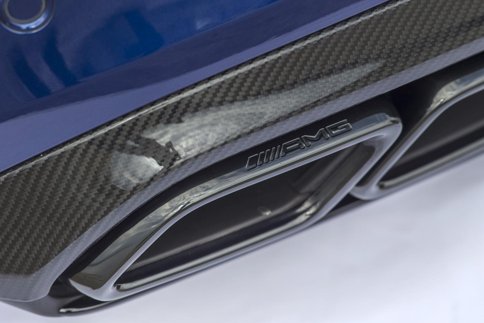 Mercedes-AMG C 63 S Coupé uitlaat (2015)