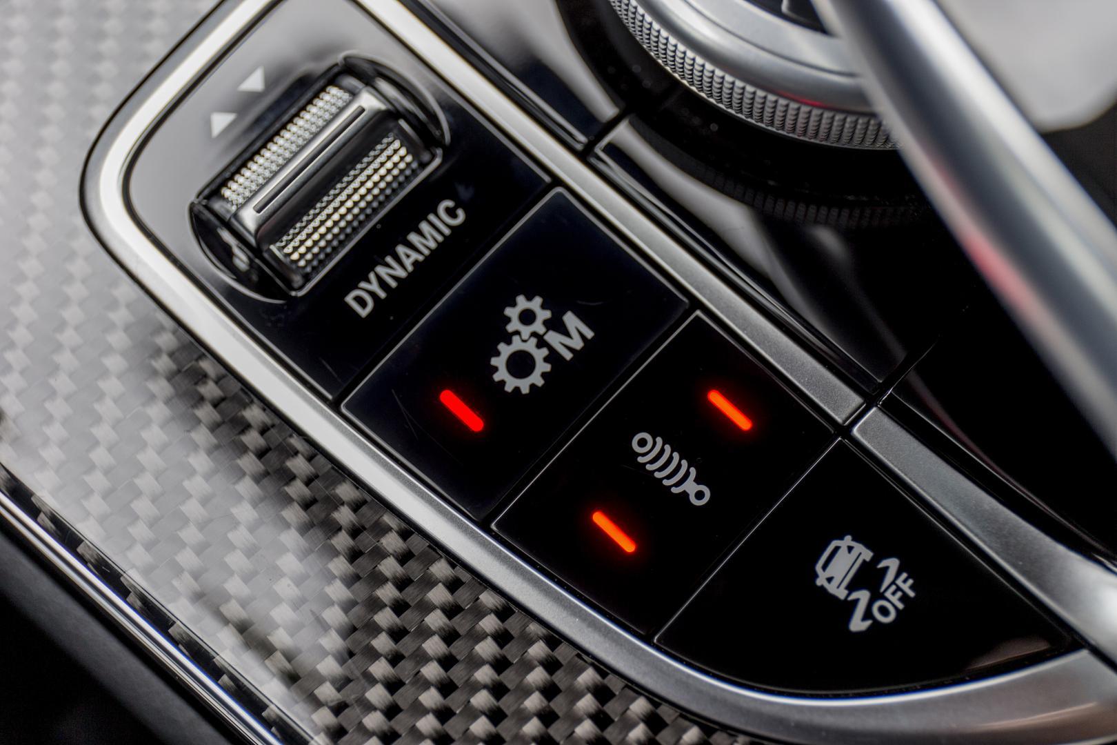 Mercedes-AMG C 63 S Coupé middenconsole (2015)