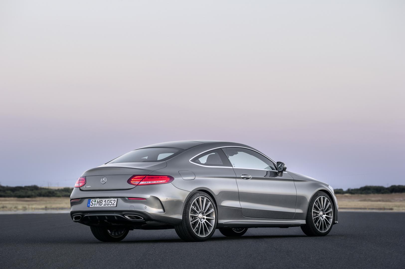 Mercedes C300 Coupé AMG Line (2016)