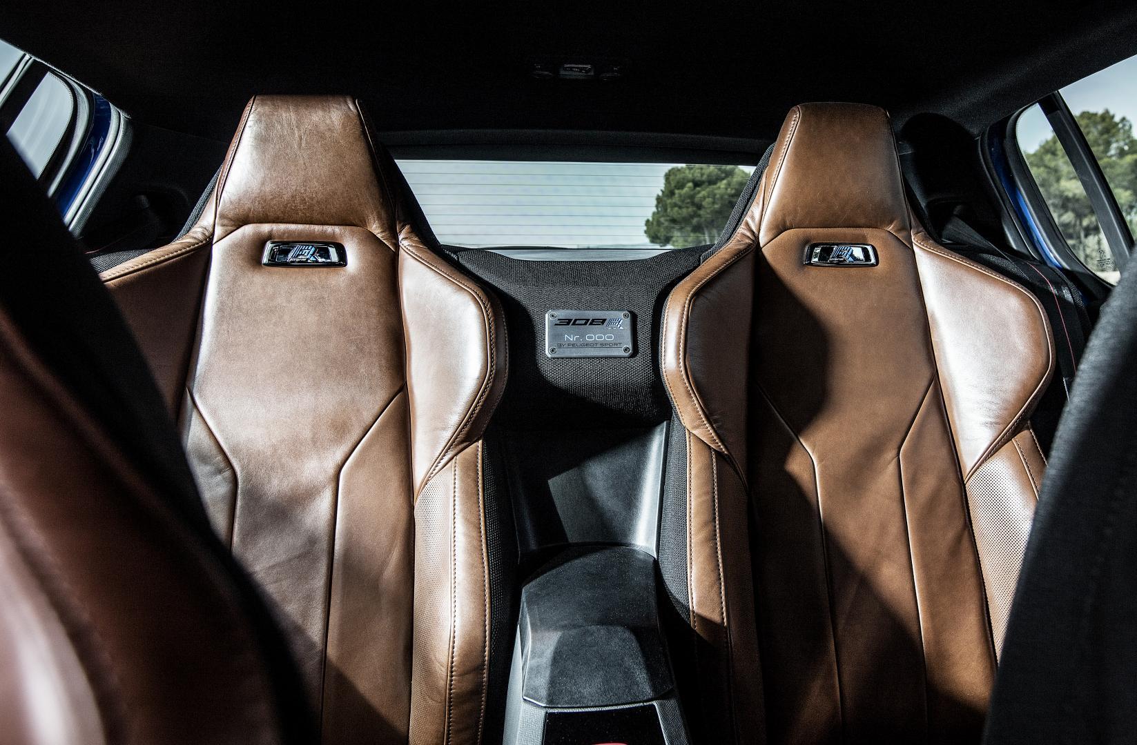 Peugeot 308 R Hybrid interieur (2016)