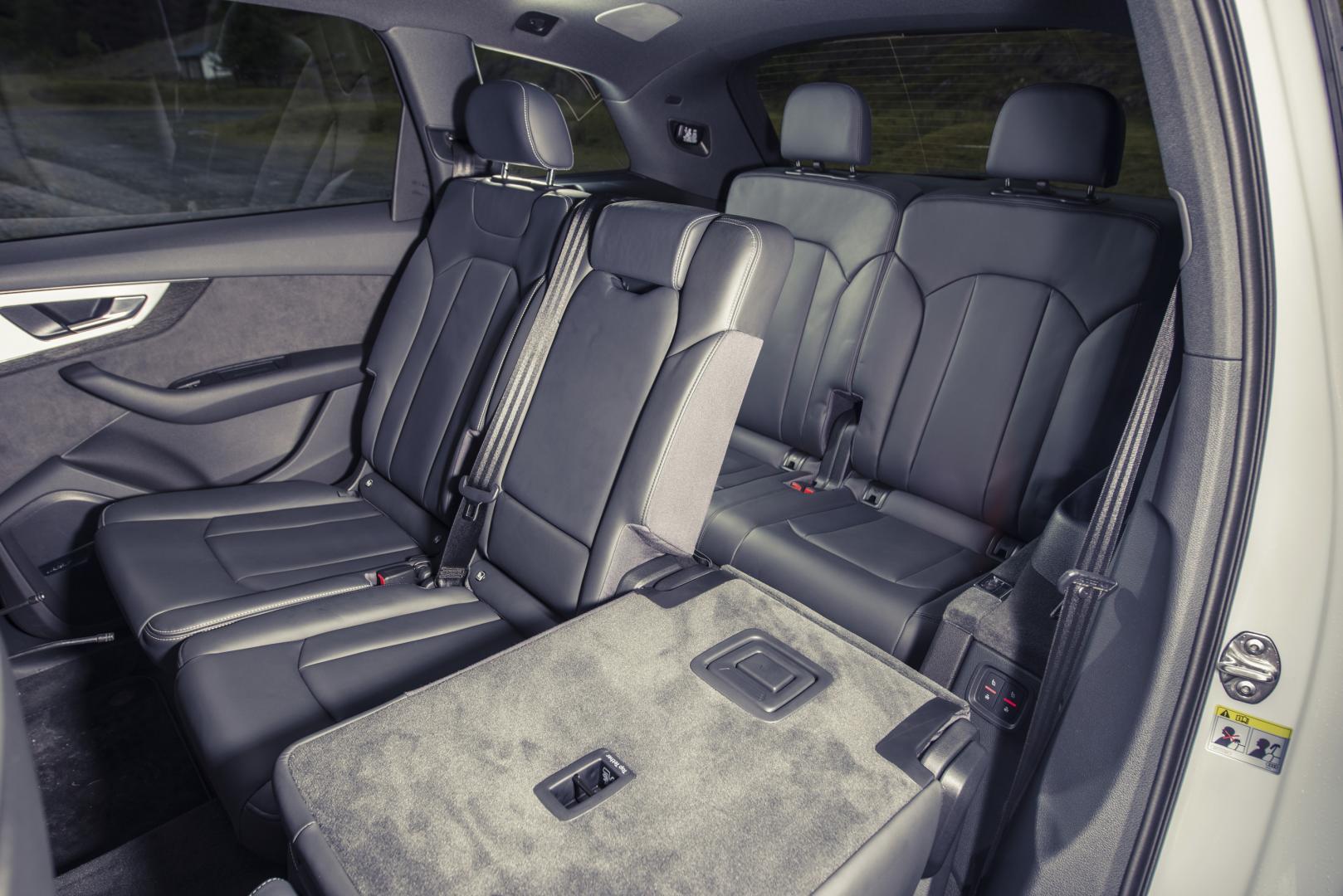 Volvo Stoelen Te Koop.Audi Q7 Vs Volvo Xc90 Vs Land Rover Discovery Topgear