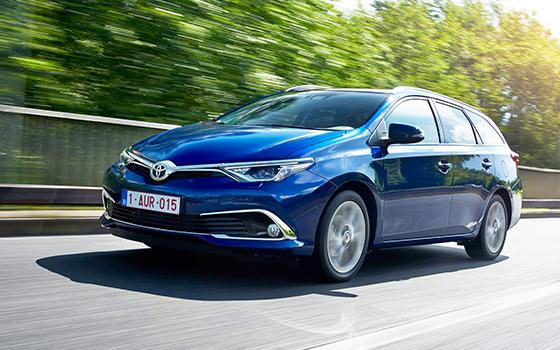 toyota auris touring sports 1 2t testdrive topgear nederland. Black Bedroom Furniture Sets. Home Design Ideas