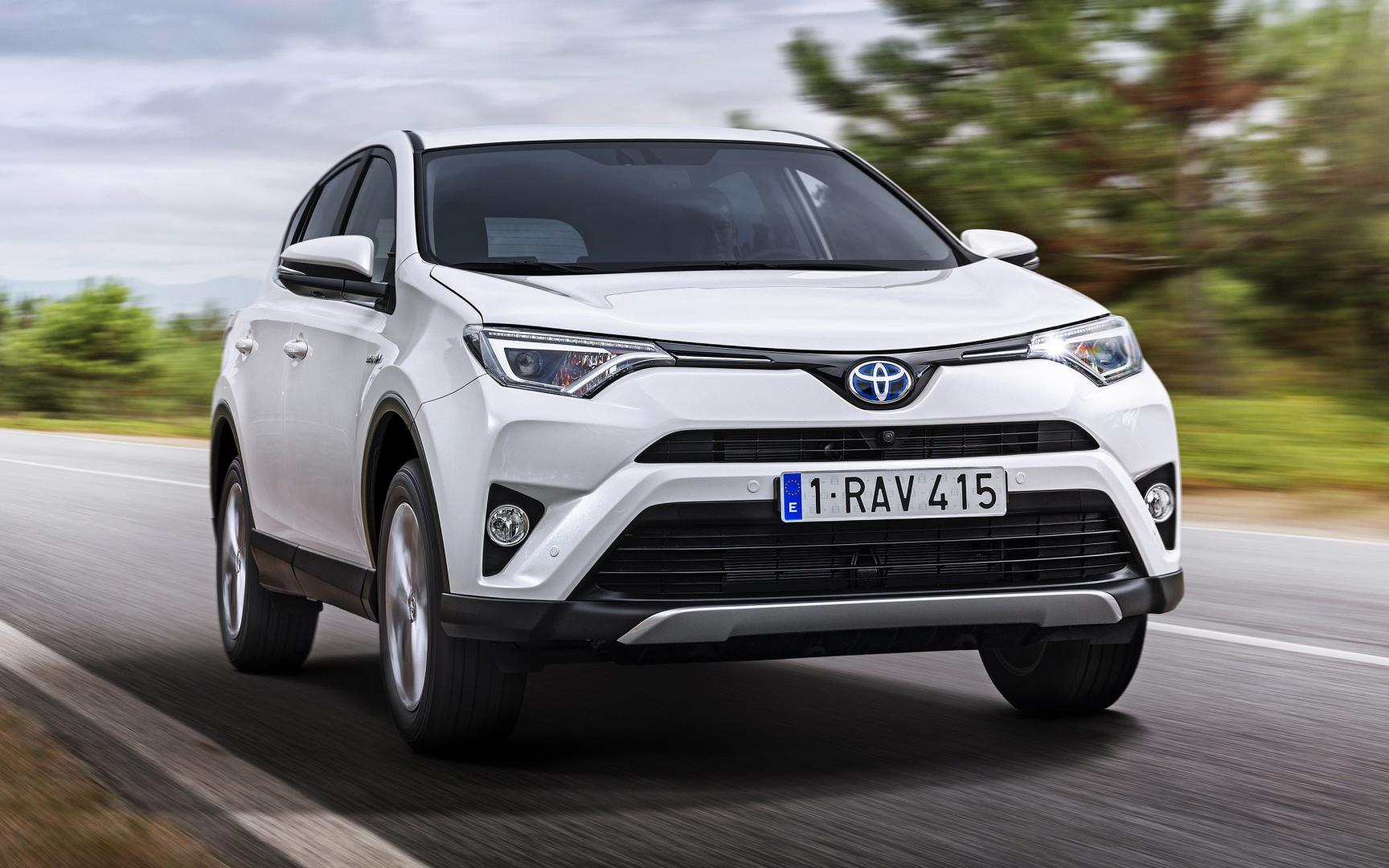 toyota rav4 hybrid 2016 autotest trouwe hond. Black Bedroom Furniture Sets. Home Design Ideas