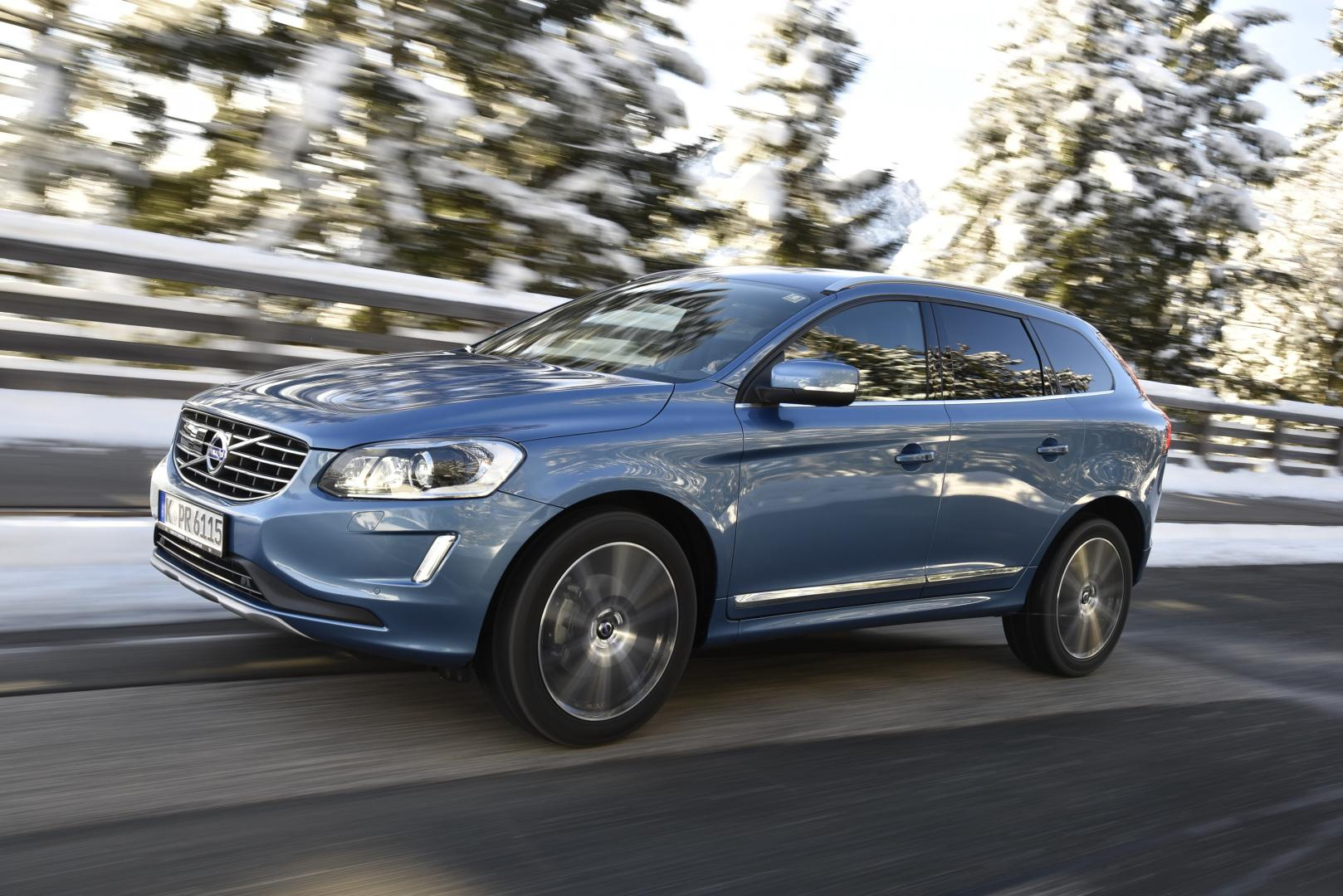 volvo xc60 t6 awd momentum topgear. Black Bedroom Furniture Sets. Home Design Ideas