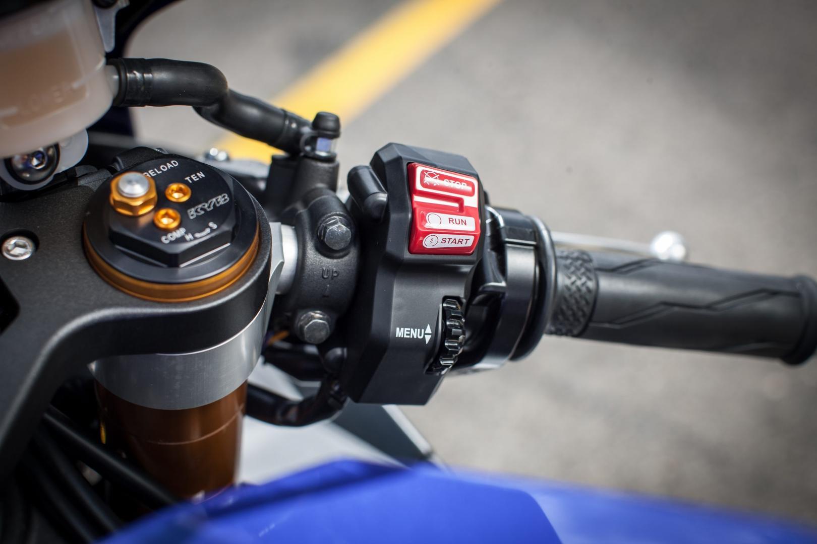 Yamaha YZF-R1 hendel (2016)