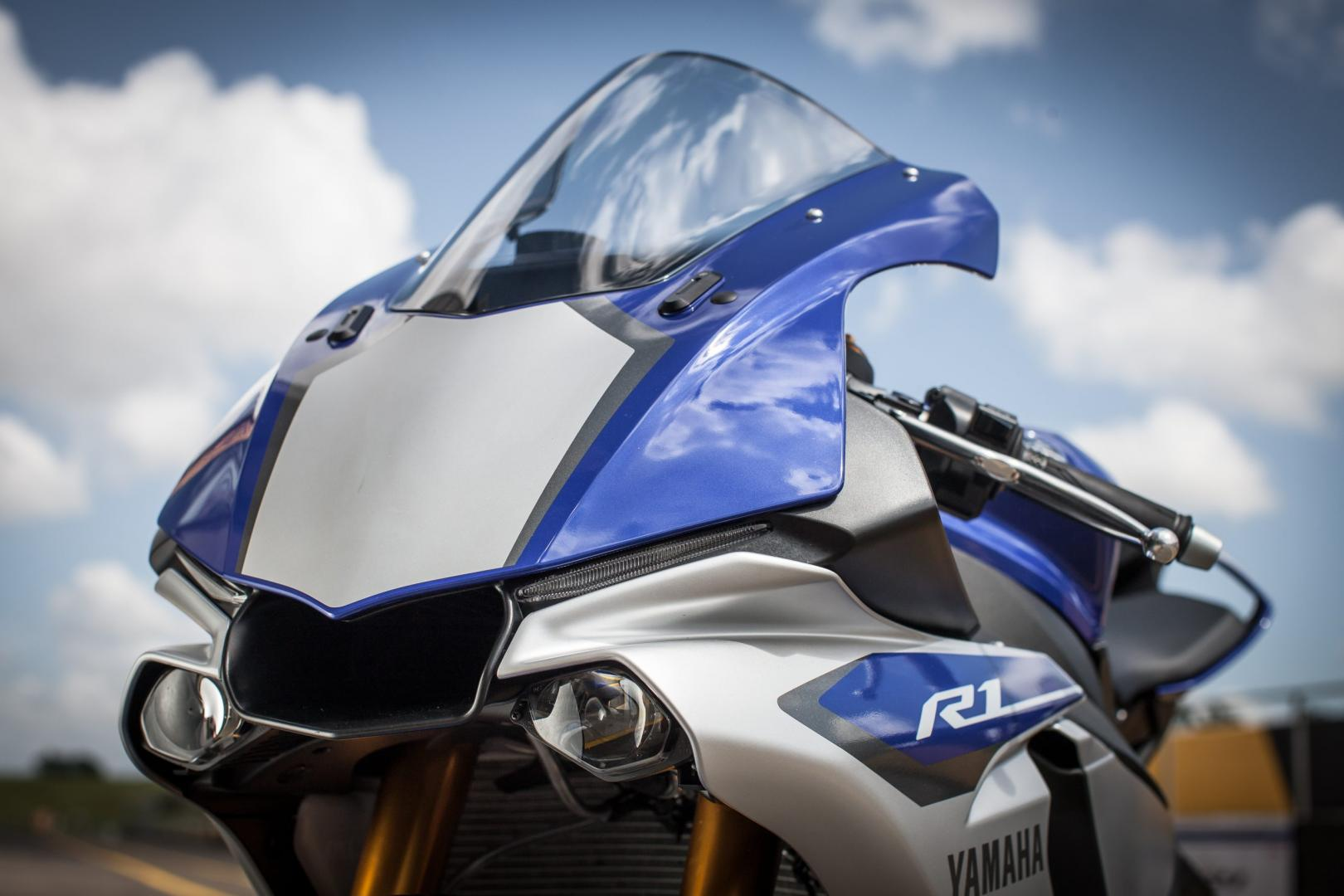 Yamaha YZF-R1 voorkant (2016)