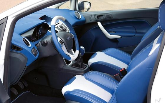 2019 - [Renault] Clio V (BJA) - Page 33 Autotest-ford-fiesta-sport-individual-blue-style-full-18012012120402-8196