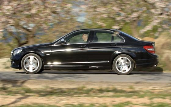 autotest mercedes c320 cdi aut amg topgear. Black Bedroom Furniture Sets. Home Design Ideas