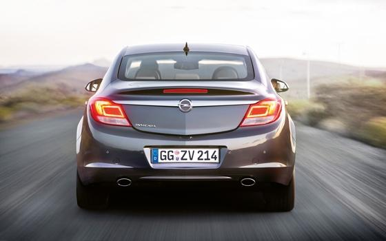 autotest opel insignia 2 8 v6 turbo 4x4 automaat topgear. Black Bedroom Furniture Sets. Home Design Ideas