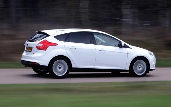 ford focus  ecoboost  pk titanium autotest driecilinder