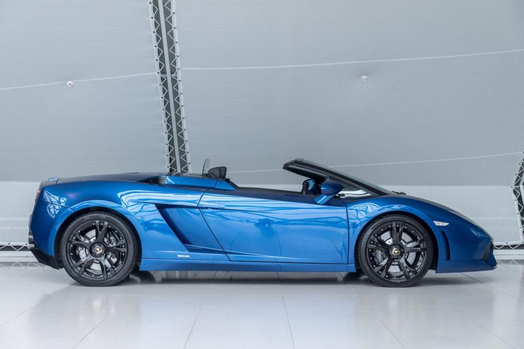 Lamborghini Gallardo bij Louwman Exclusive Advertorial